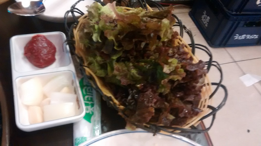 Lettuce leaves for wrapping